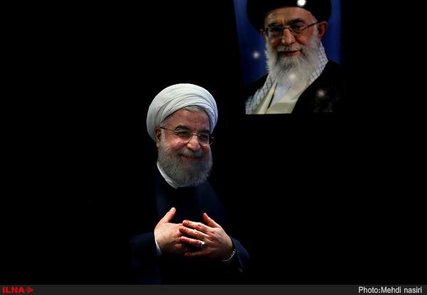 اعلام حمایت ۶۰۰۰ نفر از هنرمندان و اهل قلم و رسانه از روحانی در انتخابات