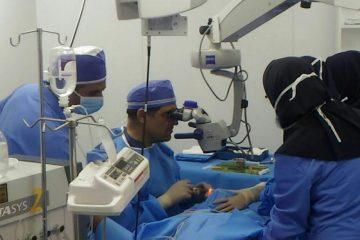 وزیری برای مردم ، عمل چشم وزیر بهداشت در رقه بشرویه