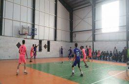 ۶۰۰ ورزشکار در جشنواره بازی های بومی خراسان جنوبی شرکت کردند