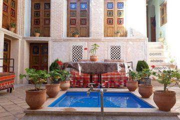 موفقیت قابل تحسین خانه های بومگردی استان خراسان جنوبی  در جذب گردش