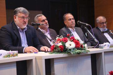 با حضور و مشارکت همه گروه ها تحرکی عظیم  در توسعه خراسان جنوبی ایجاد خواهد شد