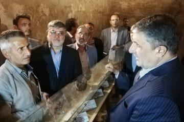 معرفی شیوا و تاثیرگذار بافت تاریخی توسط   مدیر کل میراث استان در سفر وزیر راه و شهرسازی