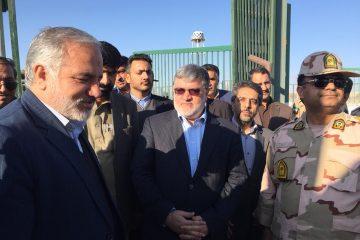 محمدصادق معتمدیان در حاشیه بازدید از مرز میرجاوه : توسعه صادرات محصولات خراسان جنوبی ، از اهداف سفر به سیستان و بلوچستان است