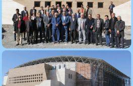 فرهنگسرای بزرگ در حال ساخت شهردای بیرجند مورد بازدید اعضای کانون هنرمندان استان قرار گرفت